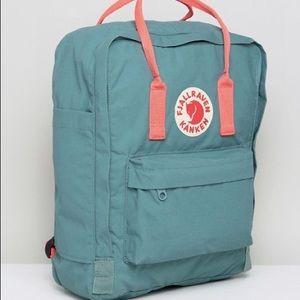 95184b8f4eb Fjallraven Bags - NWOT Fjallraven Kanken in Frost Green   Peach Pink